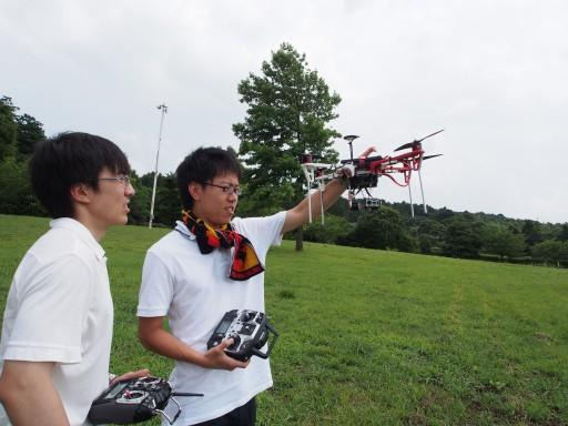 UAVプロジェクトの撮影実験を行うためかずさDNA研究所へ遠征しました