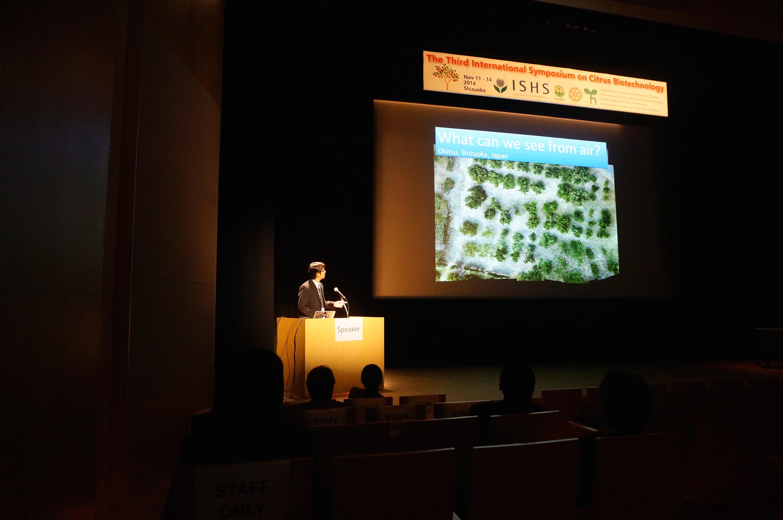 国際シンポジウム ISCB2014 でハリス君発表